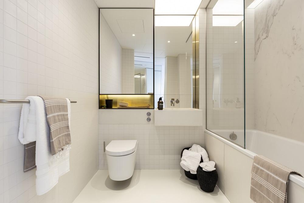 EPI Superbase Gasholders Billy Bolton Bathroom